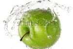 stock-photo-green-apple-in-splash-of-water-isolated-on-white-background-102922493