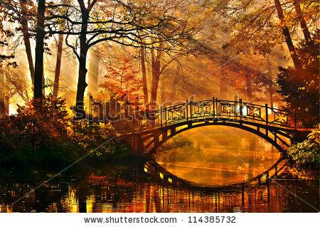 stock-photo-autumn-old-bridge-in-autumn-misty-park-114385732